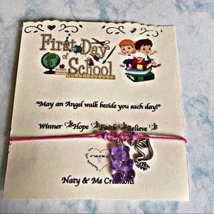"""Back to school 🏫 """"Gummy""""blessings bracelet"""